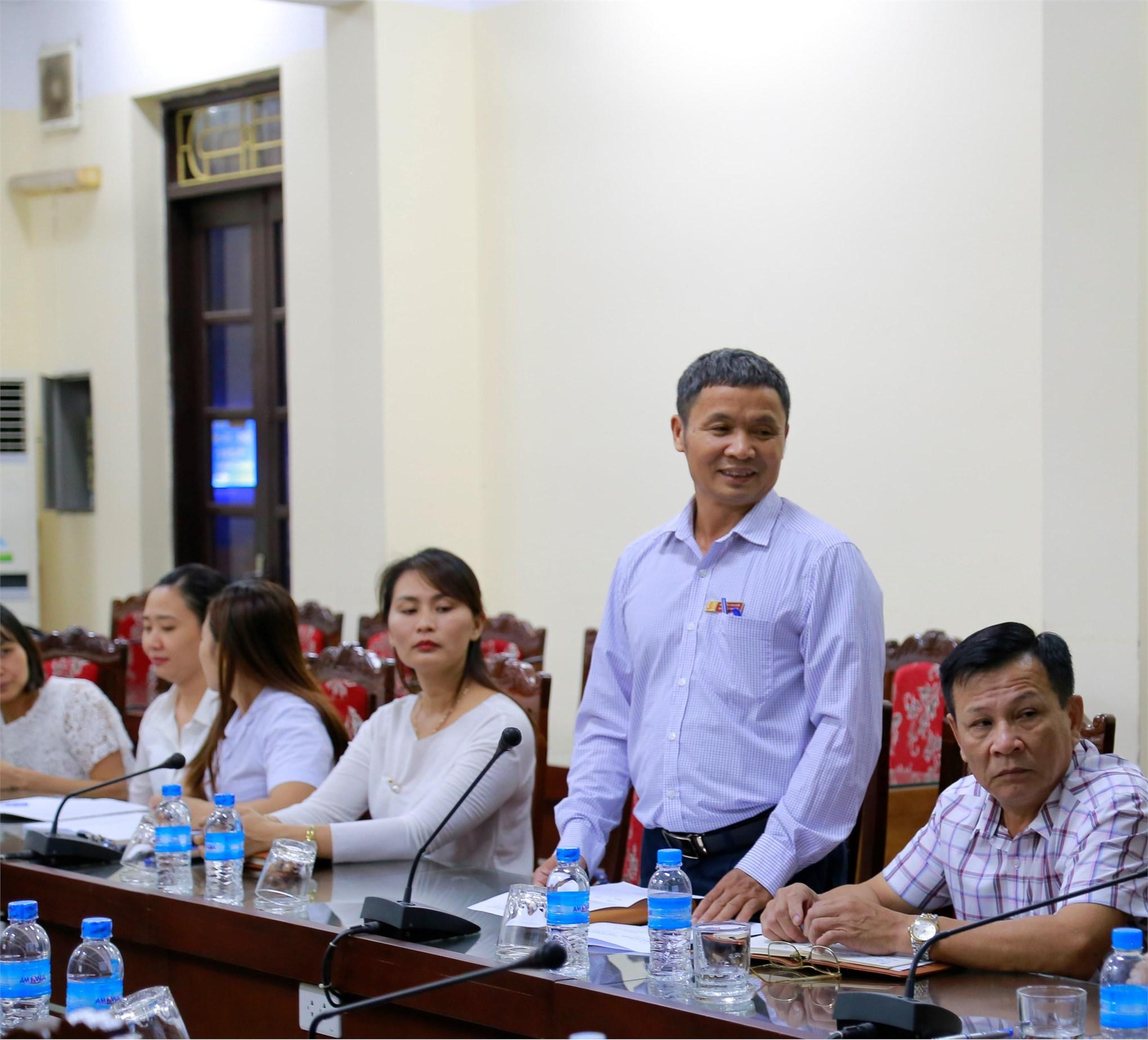 Bác sĩ Nguyễn Văn Lưới – Trạm trưởng Trạm Y tế phát biểu tại buổi Tập huấn
