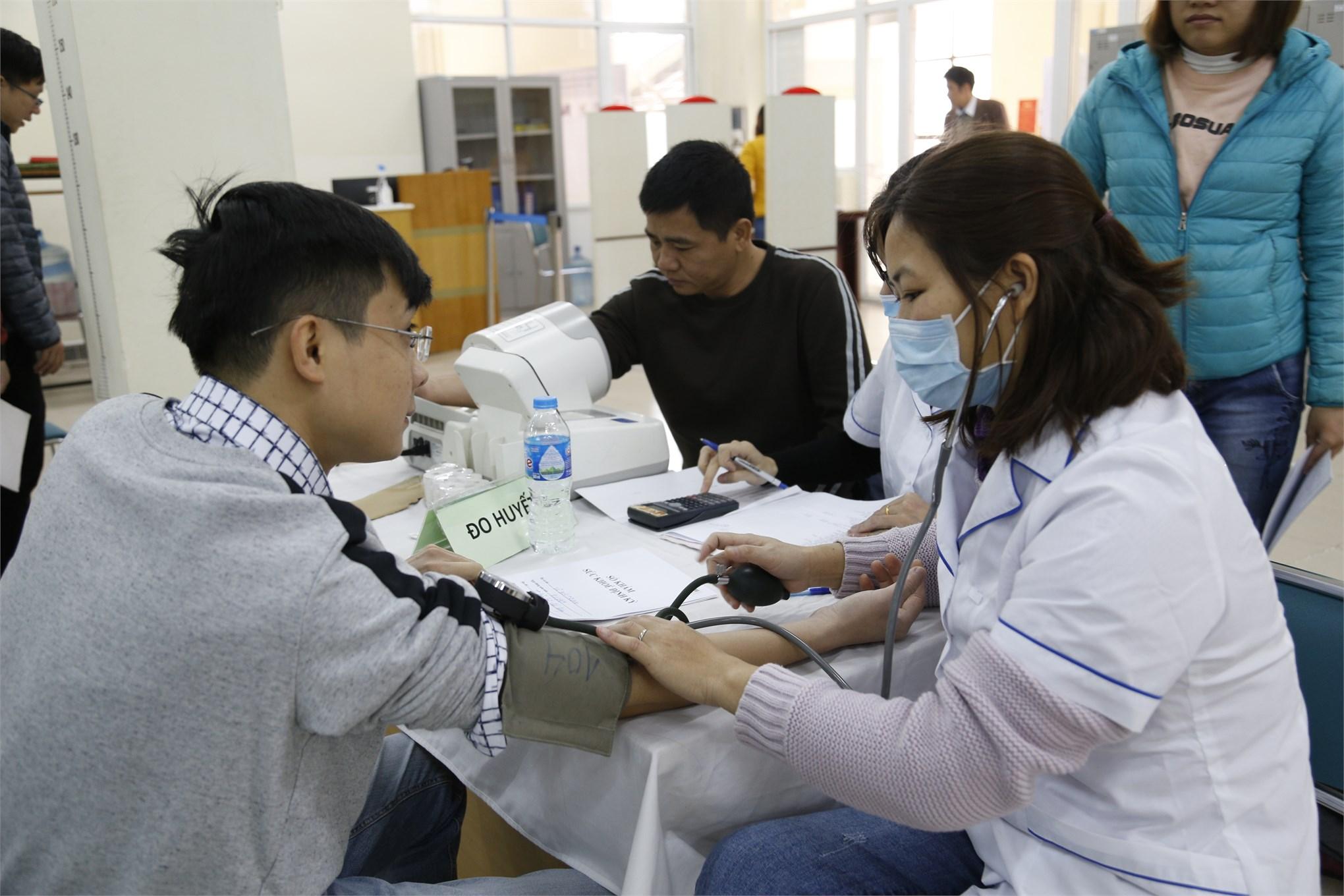Đại học Công nghiệp Hà Nội tổ chức khám sức khỏe định kỳ năm 2020