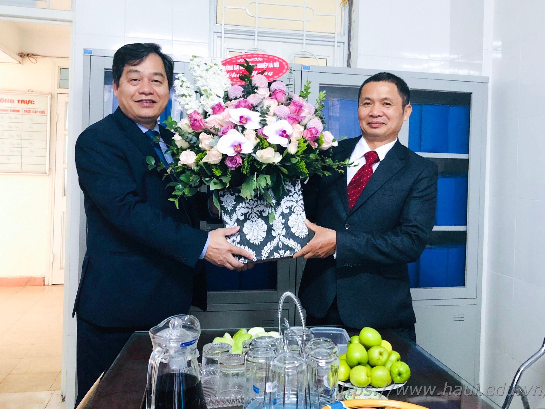 Đại học Công nghiệp Hà Nội chúc mừng ngày Thầy thuốc Việt Nam 27/2